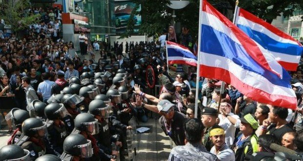 Thailand's army & Protesters